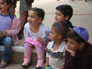 Kids Enjoying Storytime at before Early Shabbat Services